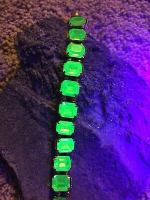 Emerald Cut Glass - Beautiful Emerald Cut Uranium Vaseline Glass Bracelet Made By Me