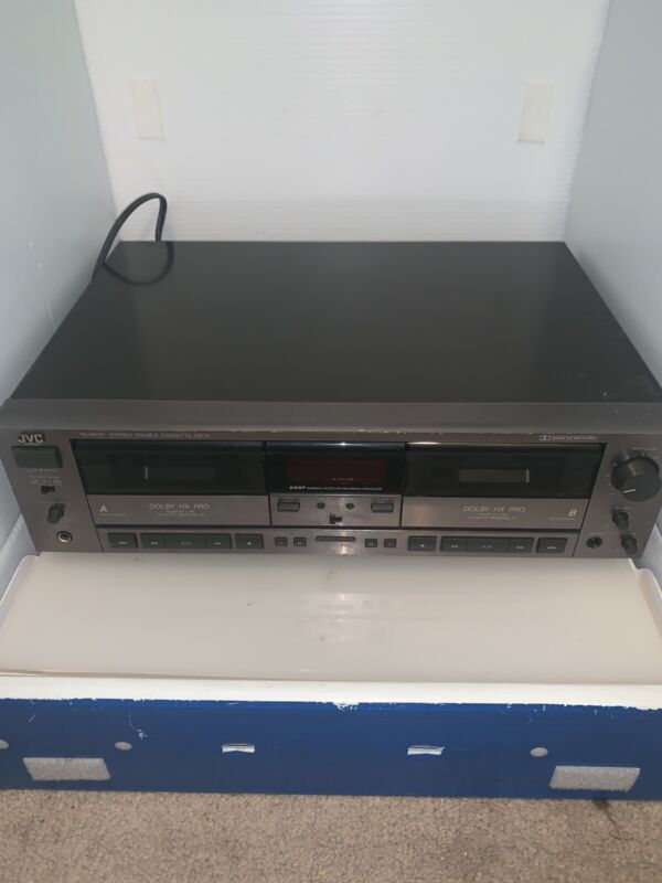 JVC TD-W707 STEREO DOLBY DOUBLE CASSETTE DECK TESTED WORKS NICE See Pictures!