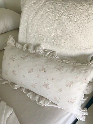 Beautiful Rachel Ashwell Shabby Chic Couture Sold Out Rosabelle Pillow w Insert!