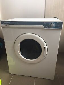 Westinghouse laundromat 450 heavy duty dryer Kingswood Penrith Area Preview