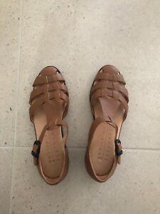 8ed9e2f05eab92 Vanishing Elephant tan leather sandals size 8