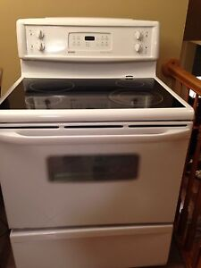 Stove- good condition St. John's Newfoundland image 1