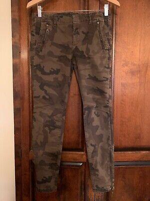ZARA BASIC - 4 Pocket Denim Straight Leg Jean. Size- 6/ 28. EUC