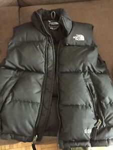 Boys Small north face vest
