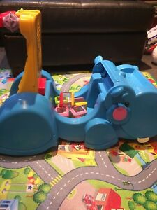 Fisher Price Gobble & Go Hippo