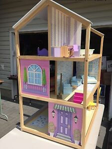 Barbie Doll House and Furniture