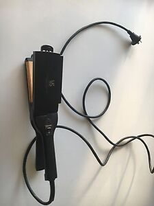 Hair straightener FREE Chelsea Heights Kingston Area Preview