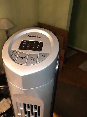Holmes HTF3222A-STM Tower Fan, 32-Inch Oscillating. Black