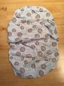 Kushies brand fitted bassinet sheet