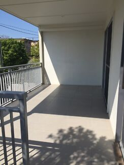Greenslopes - 3 bed townhouse for rent - FREE RENT