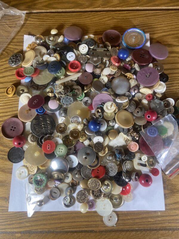 Vintage Button Lot Hundreds Estate Find Crafts Sewing