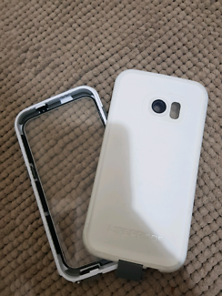 Samsung galaxy s7 lifeproof case used condition