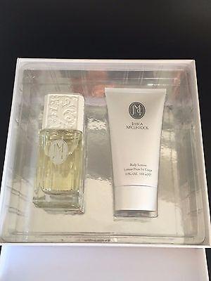 Jessica McClintock Perfume 2 Piece Gift Set for Women **NEW IN BOX - 2 Piece Set Womens Perfume