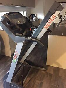 Go Fit Platinum Silver Treadmill Cranbourne North Casey Area Preview