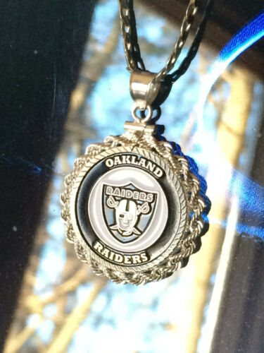 STERLING SILVER ROPE PENDANT W/ NFL OAKLAND RAIDERS b SETTING JEWELRY GIFT