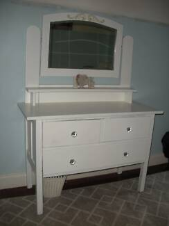 Dressing Table - Vintage - Painted white - solid timber NO TEXTS Clearview Port Adelaide Area Preview