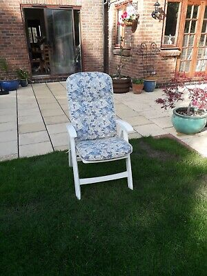 Set of 4 Hartman plastic garden patio reclining chairs  with cushions