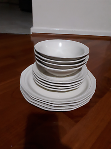 Brand new 12pieces Dinner Set With Some Extra Bassendean Bassendean Area Preview