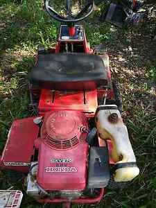 Rover ride on mower Cooroy Noosa Area Preview