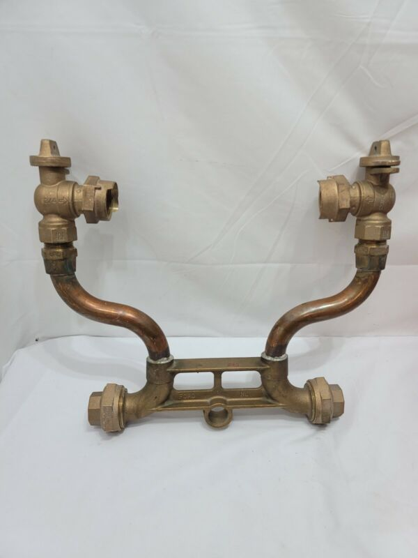 """Ford Meter Company - Water Meter Setter 3/4"""" x 5/8"""""""