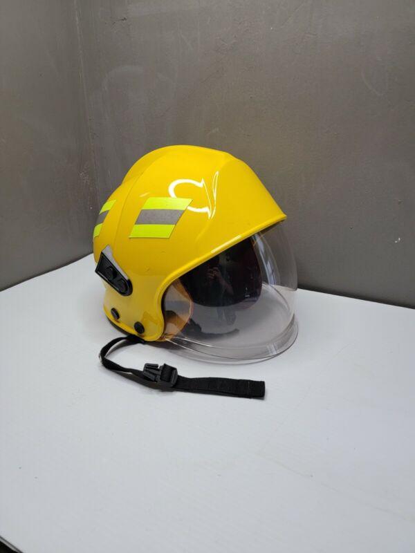 Lions Apparel Assault 2000 Firefighter Yellow Helmet Visor