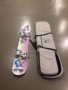 SNOWBOARD AND TRAVEL BAG!