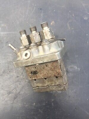 Used Kubota RTV 900 Fuel Injection Pump  16006-51010  D902... WB16