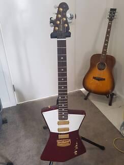 Ernie Ball USA St Vincent Signature Guitar