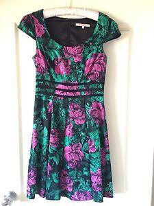 Dress - Review brand - Size 8-10 Belmont Lake Macquarie Area Preview