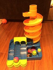 Kidoozie super spiral tower