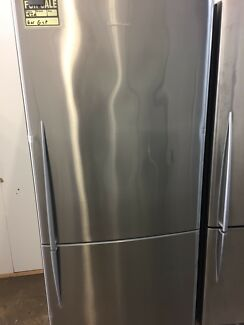 Steel fisher &paykel fridge freezer 519L