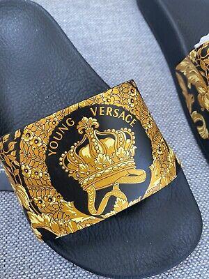 🦩Young Versace Baroque Sliders Black & Gold Crown Flip Flops 33 / 34🦩