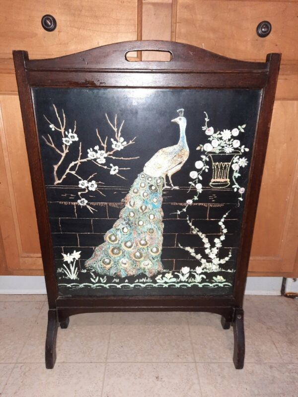 VTG VICTORIAN MAHOGANY HAND PAINTED FIRESCREEN FIRE PLACE SCREEN HEARTH PEACOCK
