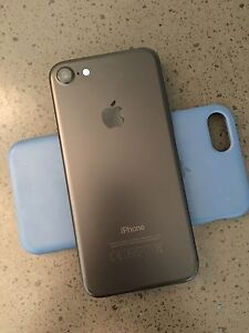iPhone 7 Black 128GB *As New condition / includes receipt* Paddington Brisbane North West Preview