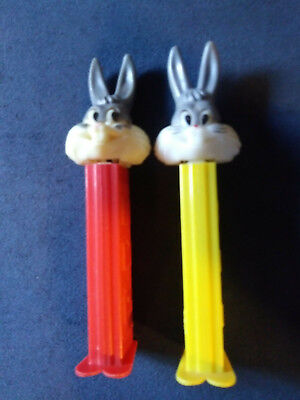2 BUGS BUNNY PEZ DISPENSERS WITH THIN FEET 3.9 STEMS 1980'S - Bugs Bunny Feet