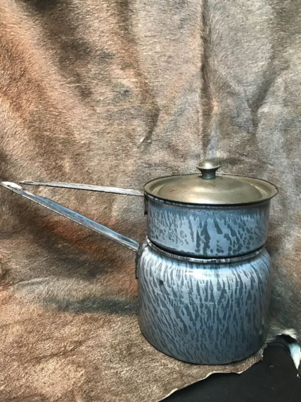 Vintage Three-Piece Gray Granite Ware Enameled Double Boiler. In Great Condition