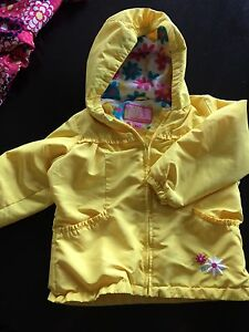 Size 5/6 Girls Spring Jacket