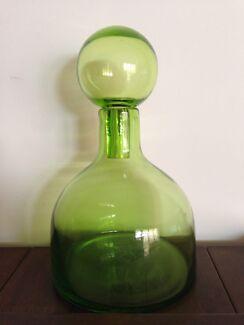 Art Glass Green Genie Bottle / Decanter - 2.5kg