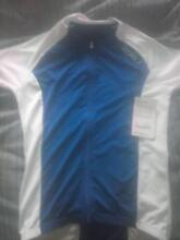 2XU AND SAUCONY CLOTHING Bentleigh East Glen Eira Area Preview
