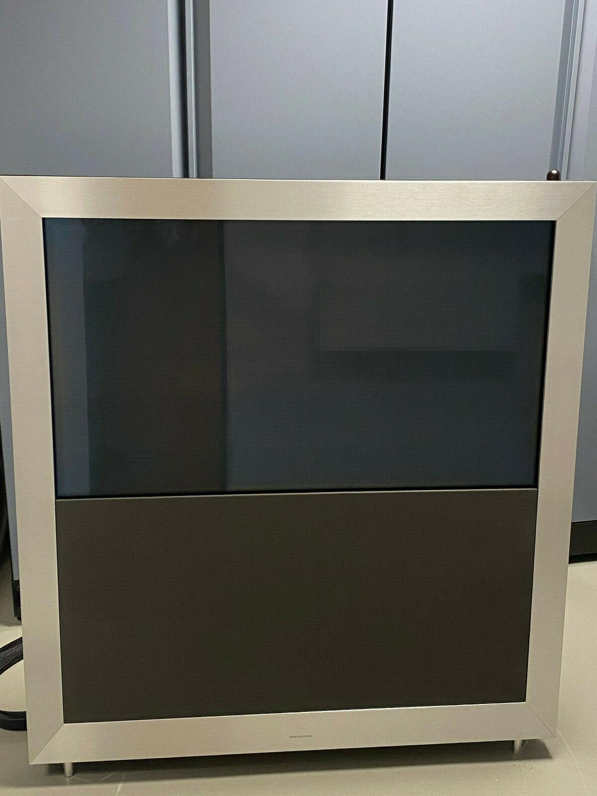 Bang & Olufsen BeoVision5 Type 8910, 106,7 cm (42 Zoll) 720p HD Plasma Fernseher