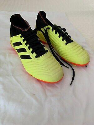 Boys Adidas Predator Football Boots Size 5