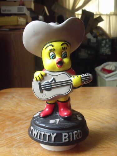 Vintage Hand Painted Ceramic CONWAY TWITTY Tweety Bird Music Box by Scotty JAPAN