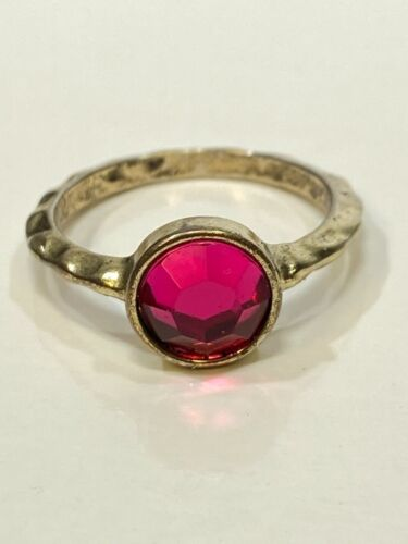 Bezel Mount Pink Faceted Round Rhinestone Silver Tone Hammered Band Ring SZ 8