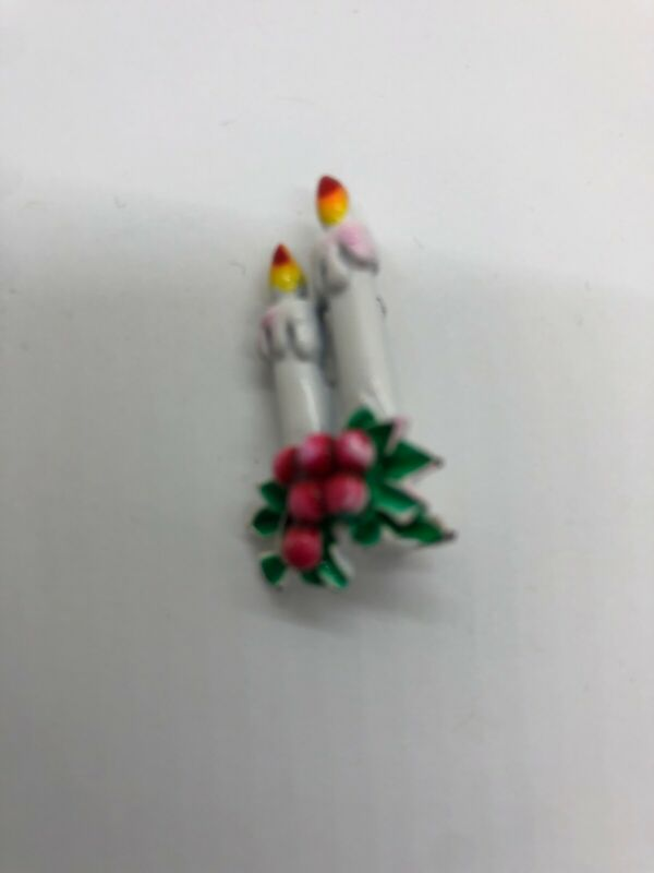 Vintage Christmas Candle Pin