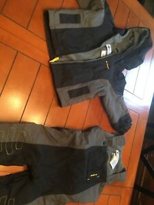 LIKE NEW!!!! Columbia snow suit-18 months