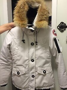 White Canada Goose Women's Jacket - Small