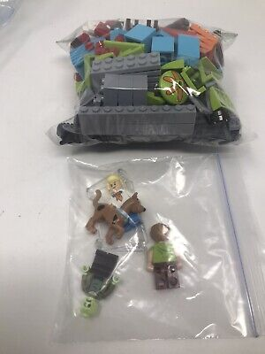 Lego Scooby-Doo! 75902 Mystery Machine 100% complete Used No box/instructions