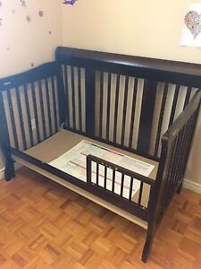 Crib, Stork Craft, 4 in 1 convertible crib to toddler bed