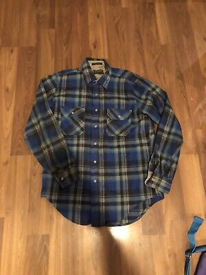 1970s Mens Shirt Styles – Vintage 70s Shirts for Guys Vintage 1970s Country Squire Brand Flannel Button Down Shirt $23.00 AT vintagedancer.com