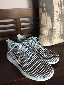Women's Nike new condition size 8